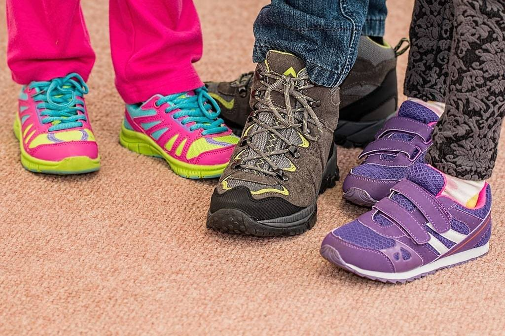 Conseils pour choisir la bonne paire de chaussures pour votre enfant